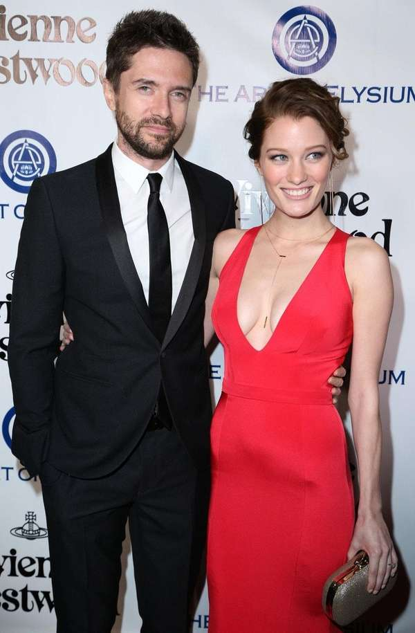 Topher Grace, left, and Ashley Hinshaw were reportedly