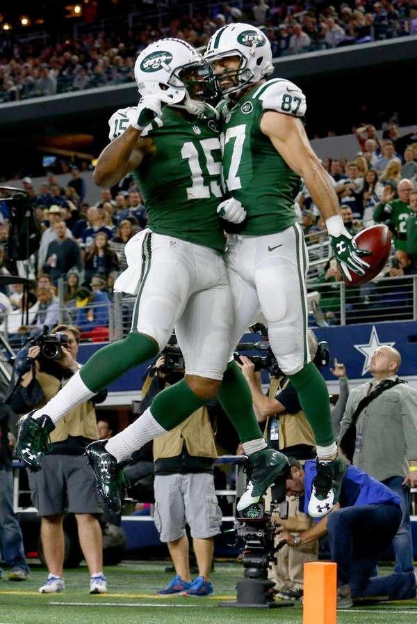 Brandon Marshall and Eric Decker of the New