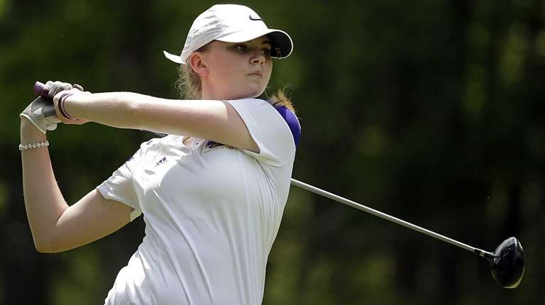 Sayville's Ceili Howland with the tee shot at
