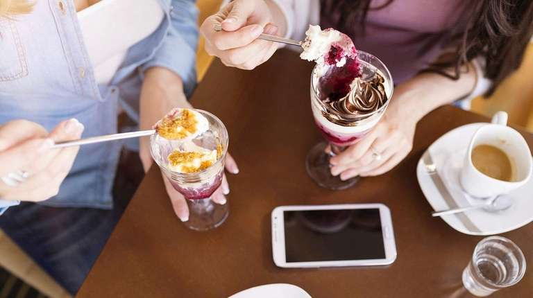 Venmo can be used to split a restaurant