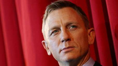 Daniel Craig will star in Showtime's adaptation of