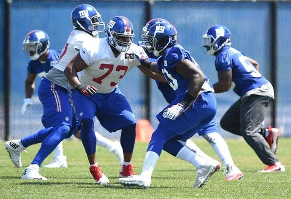 New York Giants offensive tackle Marshall Newhouse and