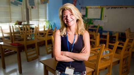 Suzanne Gray of Old Bethpage School in the