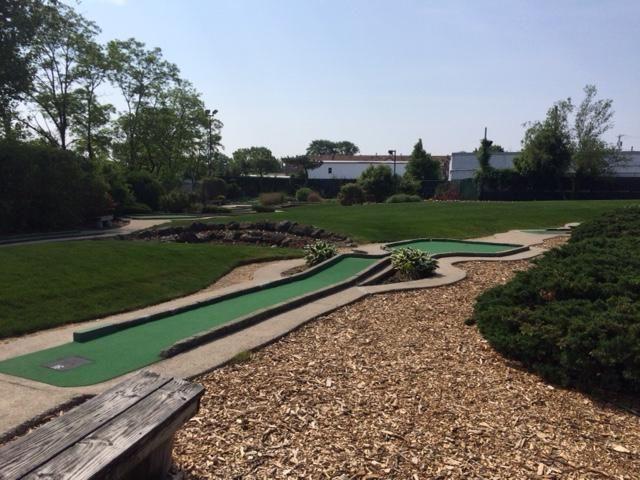 Five Towns Mini-Golf & Batting Range (570 Rockaway