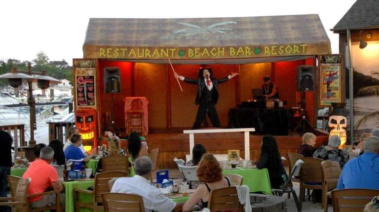 Jesse Luttrell performs at Off-Key Tikki in Patchogue.