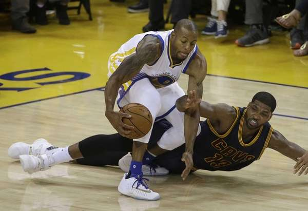 Golden State Warriors forward Andre Iguodala (9) dribbles