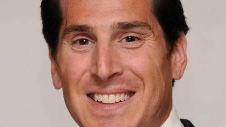 Todd Kaminsky of Long Beach replaced former Senate