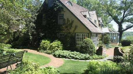 This seven-bedroom home, listed in June 2016 for