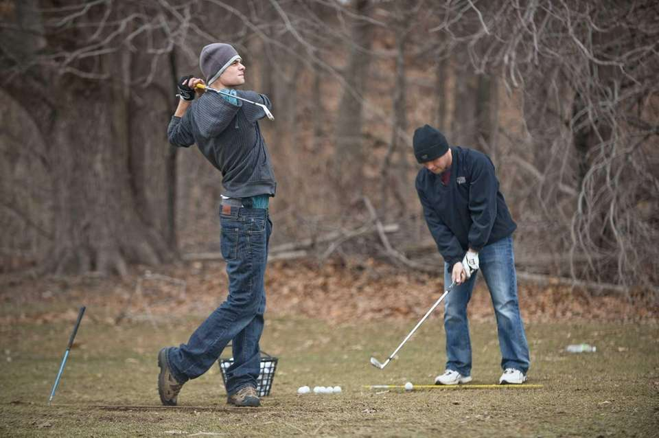 FARMINGDALE STATE COLLEGE DRIVING RANGE, Melville Road and