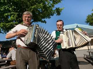 Dino Mezic, left, and Bobby Svet play at