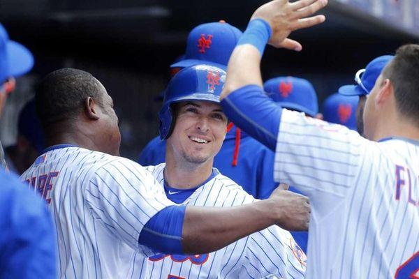Kelly Johnson of the New York Mets celebrates