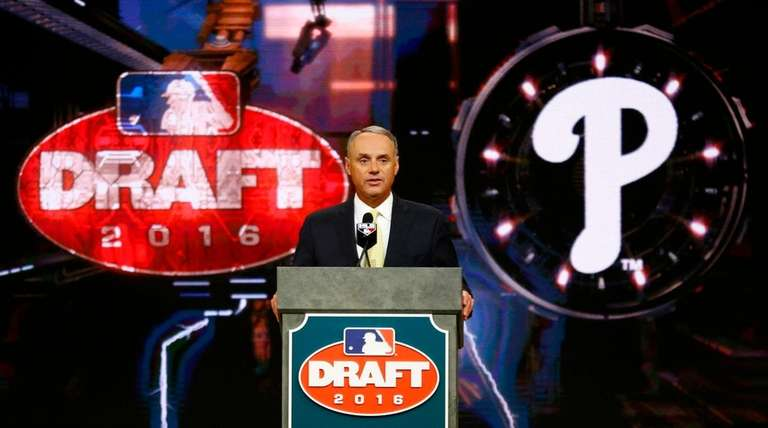 MLB commissioner Rob Manfred announces the No. 1