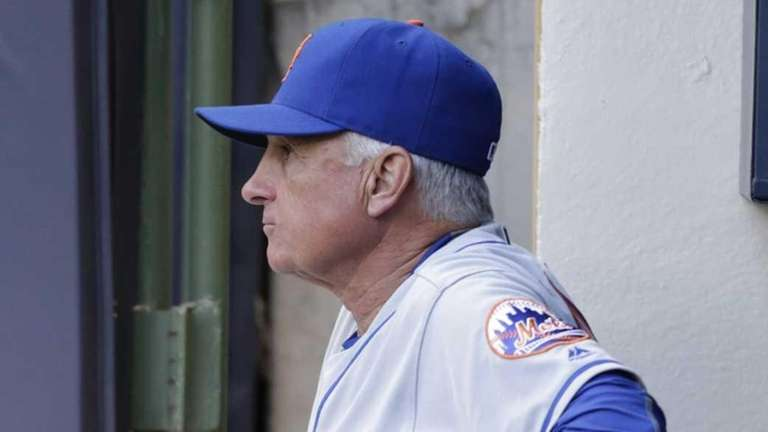New York Mets manager Terry Collins #10 of