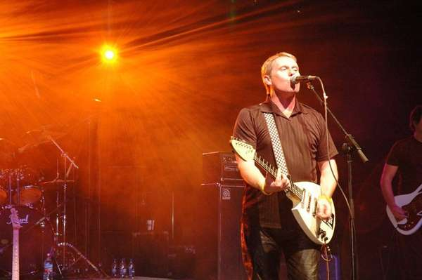 The English Beat, with Dave Wakeling, will play