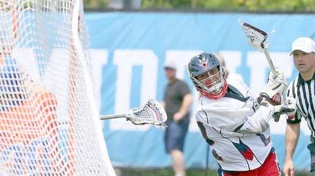 Cold Spring Harbor's Ian Laviano hits back of
