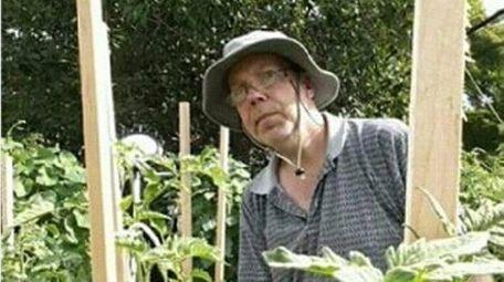 Philip Grombliniak of Levittown grows tomatoes.