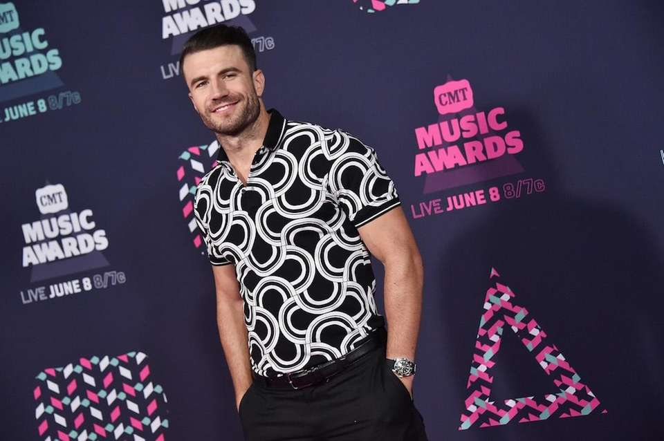 Singer-songwriter Sam Hunt attends the 2016 CMT Music