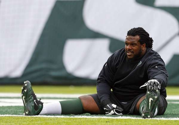 Guard Willie Colon of the New York Jets