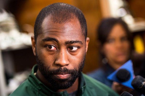 New York Jets cornerback Darrelle Revis talks to