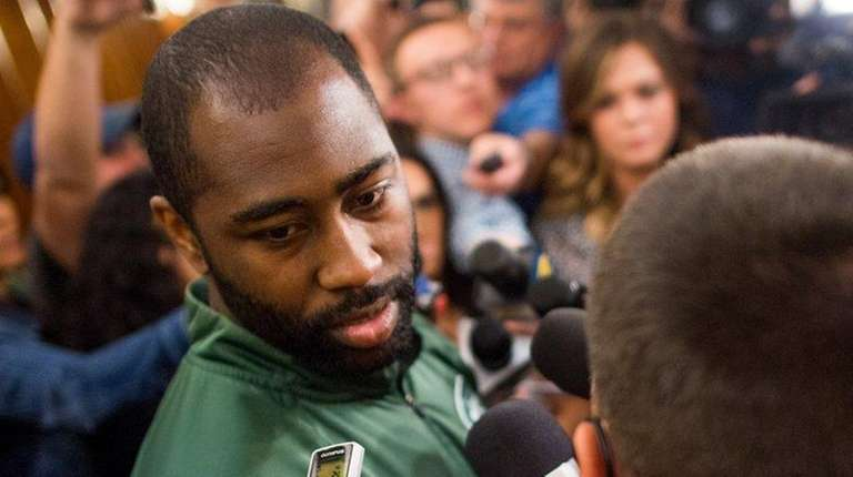 New York Jets cornerback Darrelle Revis  talks to