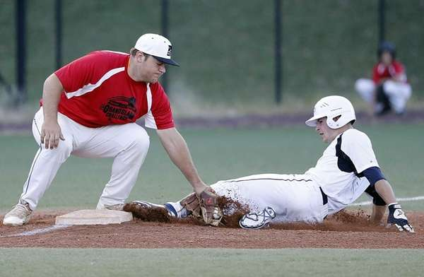 Nassau County third baseman Zach Fritz (39) of