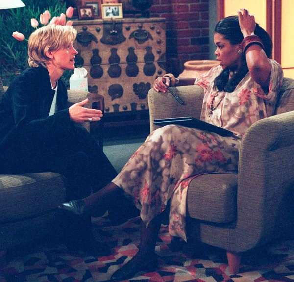 Oprah Winfrey with Ellen DeGeneres in an episode