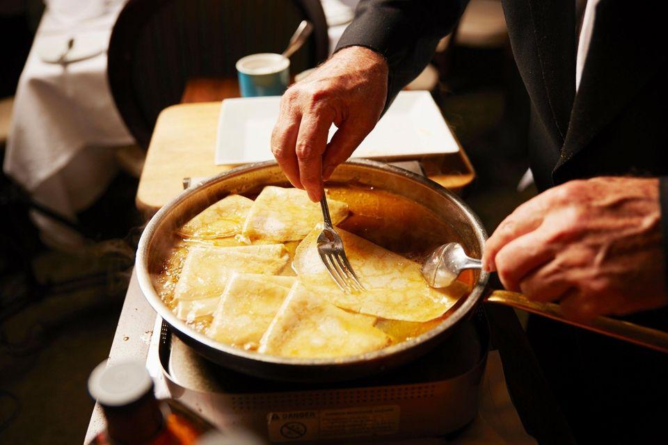 La Coquille, Manhasset: Enjoy the delicate crepes Suzette,
