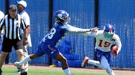 New York Giants wide receiver Myles White (19)