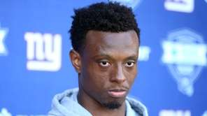 New York Giants cornerback Eli Apple (28) talks