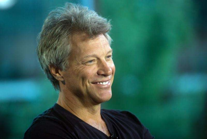 Musician Jon Bon Jovi and Dorothea Hurley, married