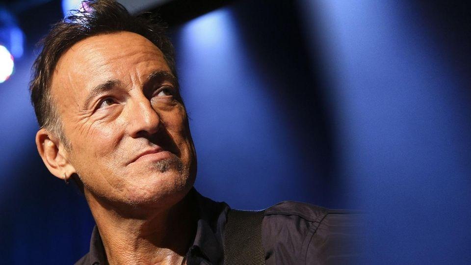 Rocker Bruce Springsteen and singer Patti Scialfa are