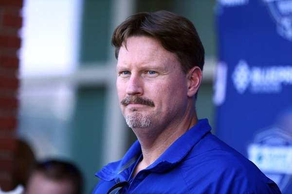 New York Giants head coach Ben McAdoo speaks