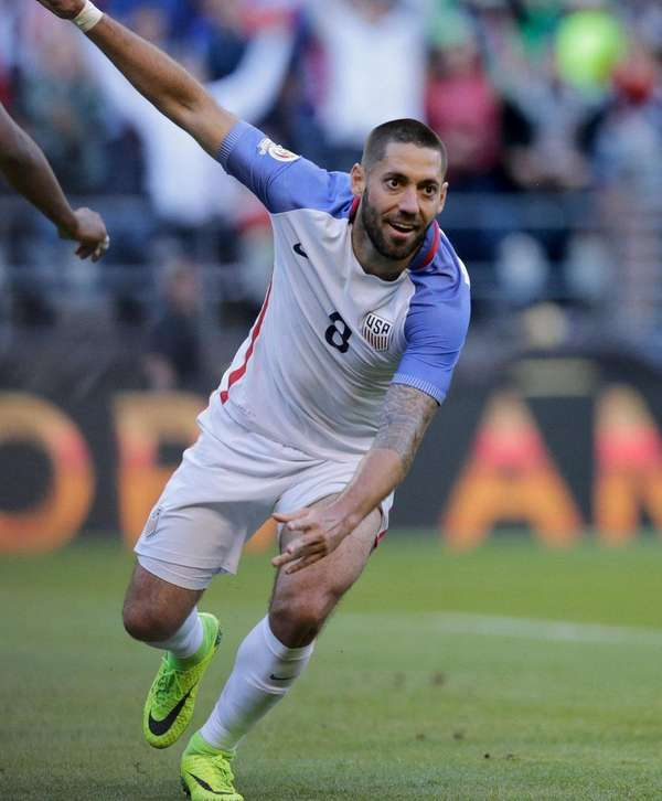 USA's Clint Dempsey celebrates after teammate Gyasi Zardes