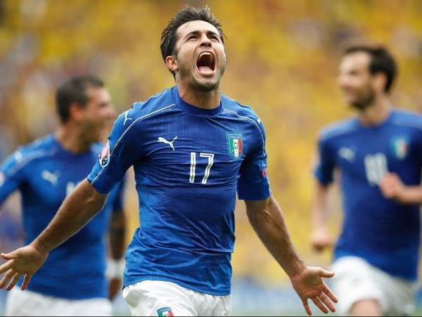 Italy's Eder celebrates after scoring the opening goal