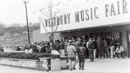 Before the internet, fans used to line up