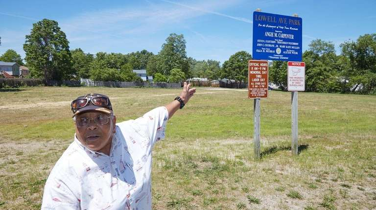 Nelsena Day and other Central Islip residents have