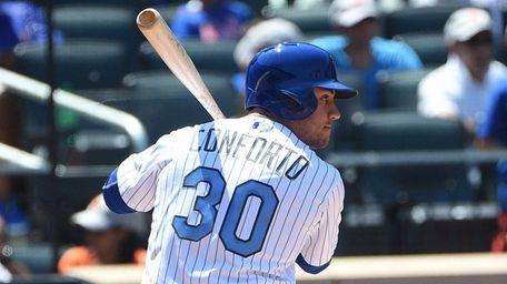 New York Mets left fielder Michael Conforto bats