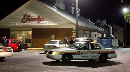 Nassau County police respond to a reported robbery