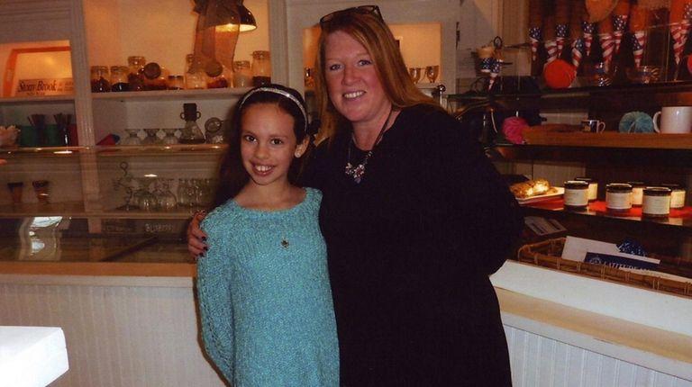 Kidsday reporter Kelly Scalonga with Latitude 121 manager