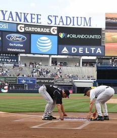 New York Yankees manager Joe Girardi and Colorado