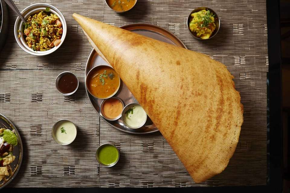 Dosa World, Hicksville: Dosa World offers dosas, ravi