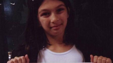 Kidsday reporter Ella Corteselli shows off a