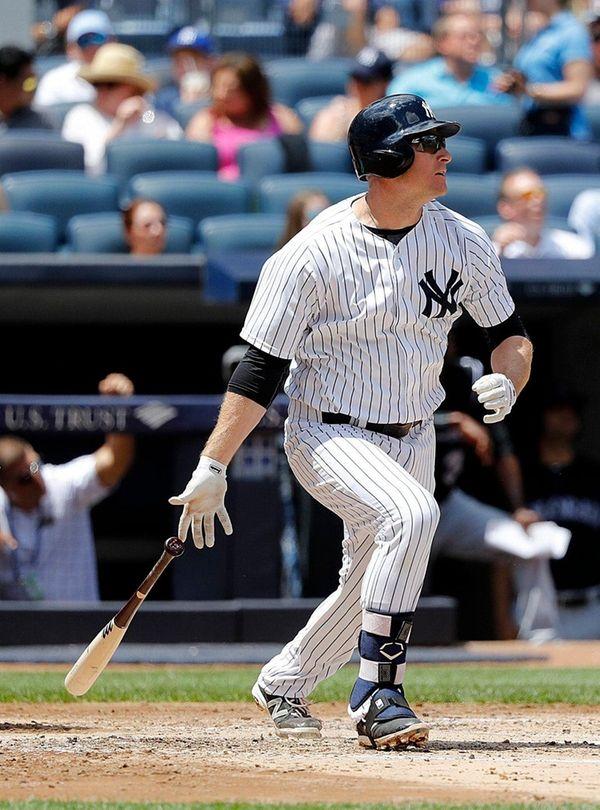 New York Yankees third baseman Chase Headley (12)