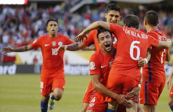 Chile's Jose Pedro Fuenzalida (6) celebrates his goal