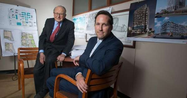 Kimco Realty Corp.'s Milton Cooper, left, co-founded the