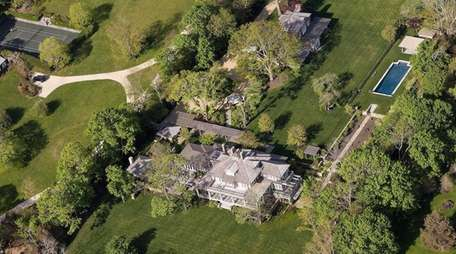 Richard Gere's compound in North Haven was first