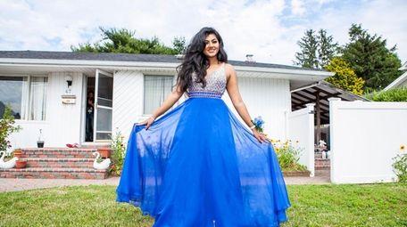 Newsday's Project Prom winner Nabila Alim, 18, reveals