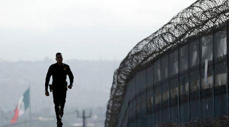 On Wednesday, June 22, 2016, Border Patrol agent