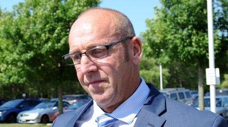 Former Southampton town Councilman Bradley Bender arrives at