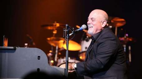 Billy Joel makes a surprise appearance with the